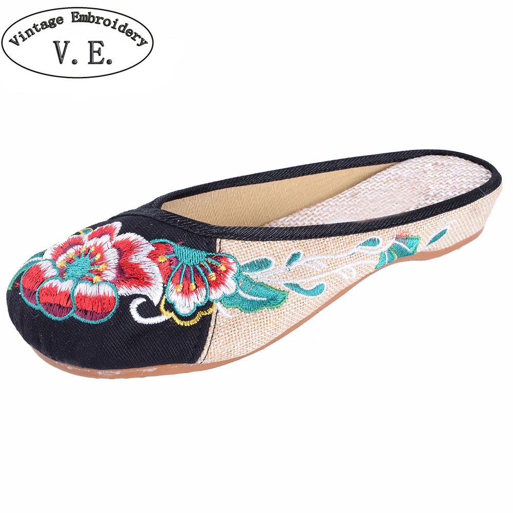 Womens Summer Sandals Vintage Old Beijing Embroidery Home Women Slippers Casual Female Soft Shoes Mujer Plus Size 40 vintage embroidered women slippers summer new linen chinese canvas old beijing flowers sandals soft shoes size 35 41 page 1