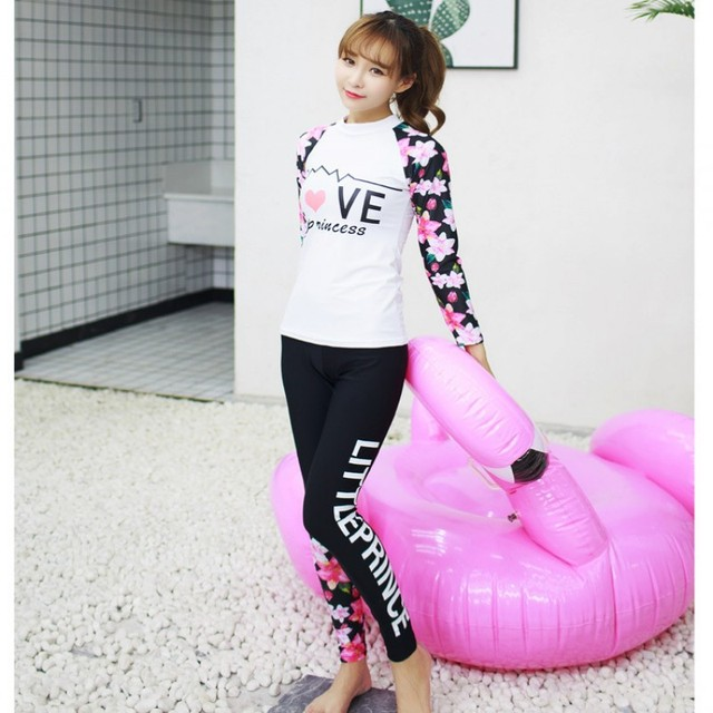 8c8ce3bce1e 2017 New Style Women Two-piece Wetsuit Snorkeling Surfing Diving Swim Suit Long  Sleeves Swimwear Sun Protection