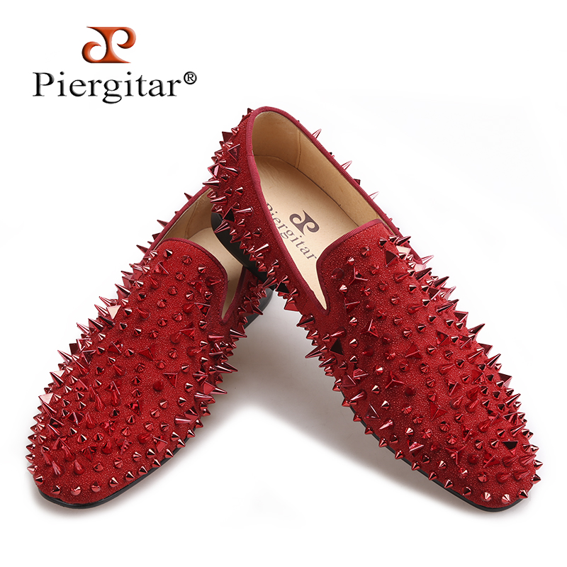 Piergitar 2017 Three colors Handmade Men Rivets Shoes Fashion Party Prom Men Loafers Red bottom Plus size leather casual shoes new fashion gold snakeskin pattern loafers men handmade slip on leather shoes big sizes men s party and prom shoes casual flats