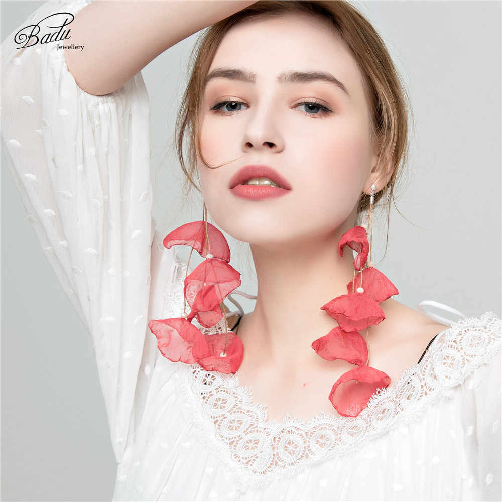 Badu Long Dangle Earrings Yarn Flower Handmade Bohemian Jewelry Dangle Drop Earrings for Women Holiday Gift Fashion Wholesale