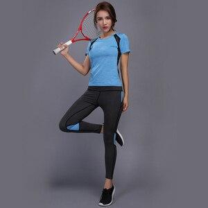 Image 5 - OLOEYER Sexy di Yoga Set abbigliamento sportivo per le donne palestra TShirt + Pantaloni Traspirante Palestra Vestiti di Allenamento Compressa Ghette di Yoga di Sport vestito