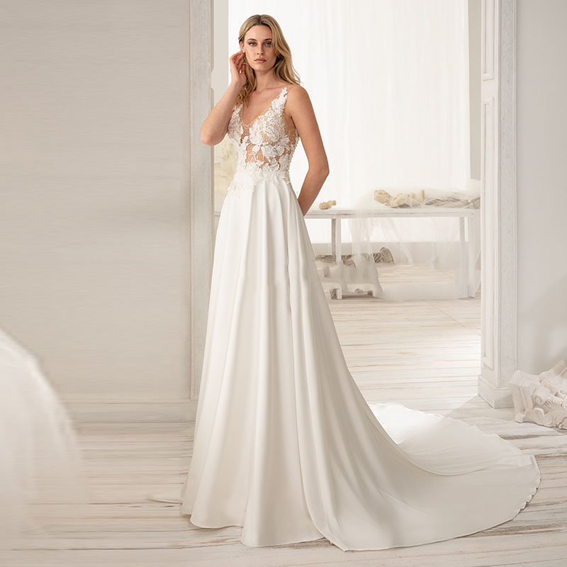 Eightale Wedding Dress Sale With Long Tail V-Neck Appliques A-Line Lace Chiffon Backless Beach Wedding Gowns Elegant Bridal
