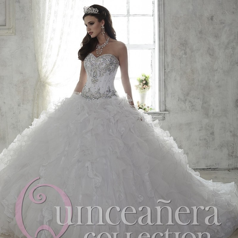 Romantic White Quinceanera Dresses Ball Gowns Organza Silver Beading ...