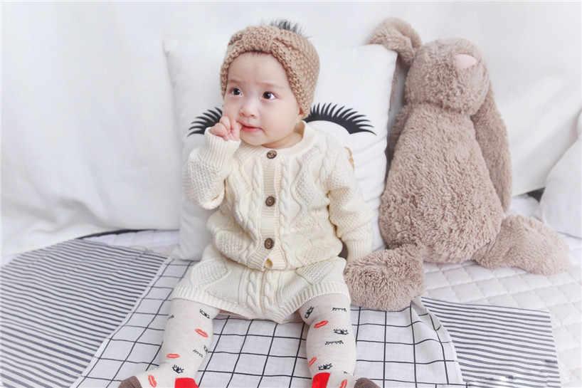 Sodawn ฤดูใบไม้ร่วงฤดูหนาวใหม่เด็กเสื้อผ้าเด็กถักเสื้อกันหนาว Cardigan + กางเกงขาสั้นชุดเสื้อผ้าเด็กชุด
