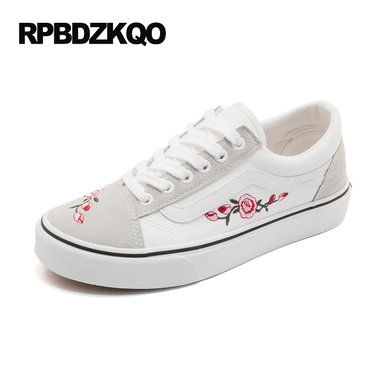 Black Red Platform Flower Sneakers Cloth Lace Up Floral Women Embroidery Embroidered White Canvas Shoes Beautiful Designer Flats все цены