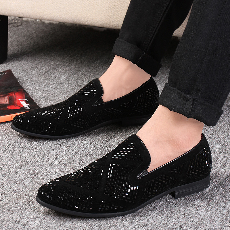 LAISUMK Shining Rhinestone Decoration Fashion Loafer Shoes Men Pointed Toe Casual Flat Shoes for Wedding Party 2019 New