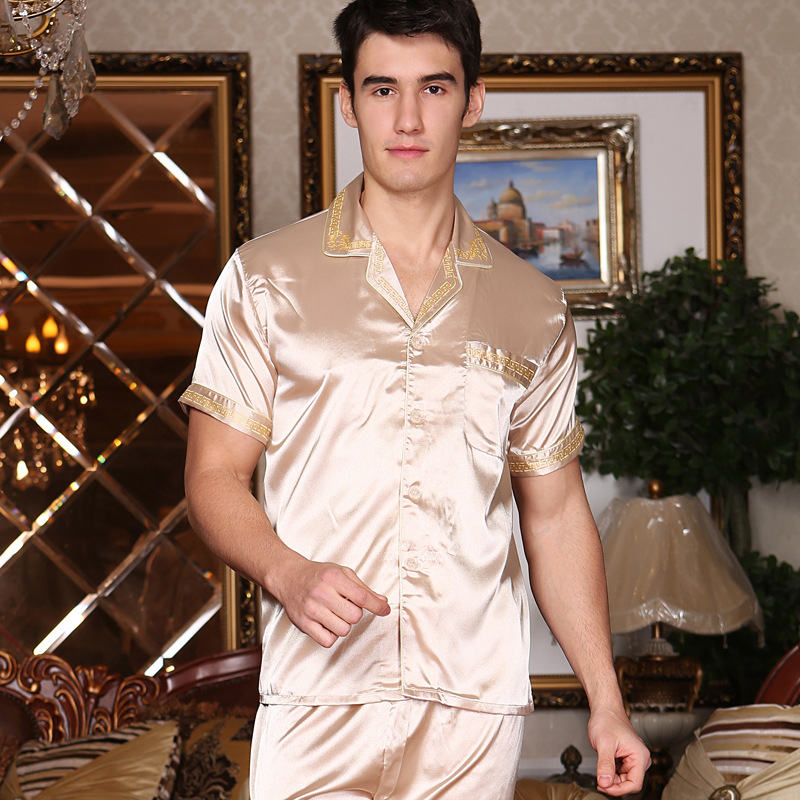 New Summer Men's Pajamas Sexy Sleepwear Male Short-Sleeve Shorts Pajamas Fashion Men Homewear Sets Leisure Nightwear  D-2174