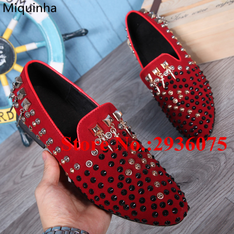 Fashion Party Wedding Sapato Masculino Cool Punk Spikes Studded Embellished Suede Leather Men Shoes Slip-On Flats Casual Loafers luxury fashion men crystal flats metal pointed toe huarache slip on wedding shoes man 36 46 chaussure homme sapato masculino