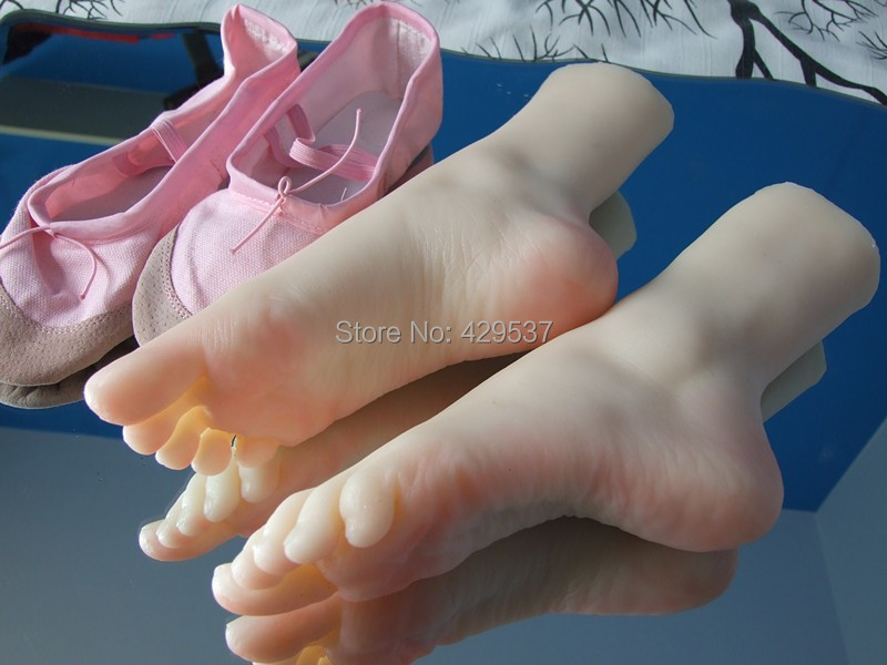 2015 New Top Quality Foot Fetish Toys,Solid Silicone Feet <font><b>Sex</b></font> Toy,Adult Toys for Man,Lifelike Skin Ballet Lady Fake Feet, FT-008 image
