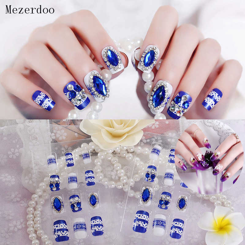 24Pcs/Set Fake Nails Press on Girls Finger Beauty False Nail Art Tips Bright Shining 3D Diamond Full Cover French Nail Art Tips
