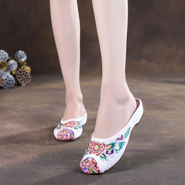 Этнические женские туфли без задника на плоской подошве с китайской вышивкой. Сандали, шлепки