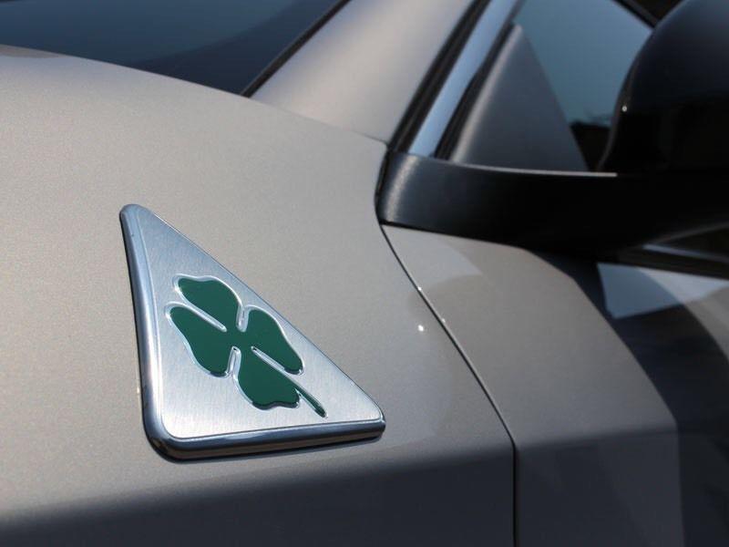 Alfa Romeo quatrefoil green delta Car Side Fender Emblem Badge - Accesorios de interior de coche - foto 5