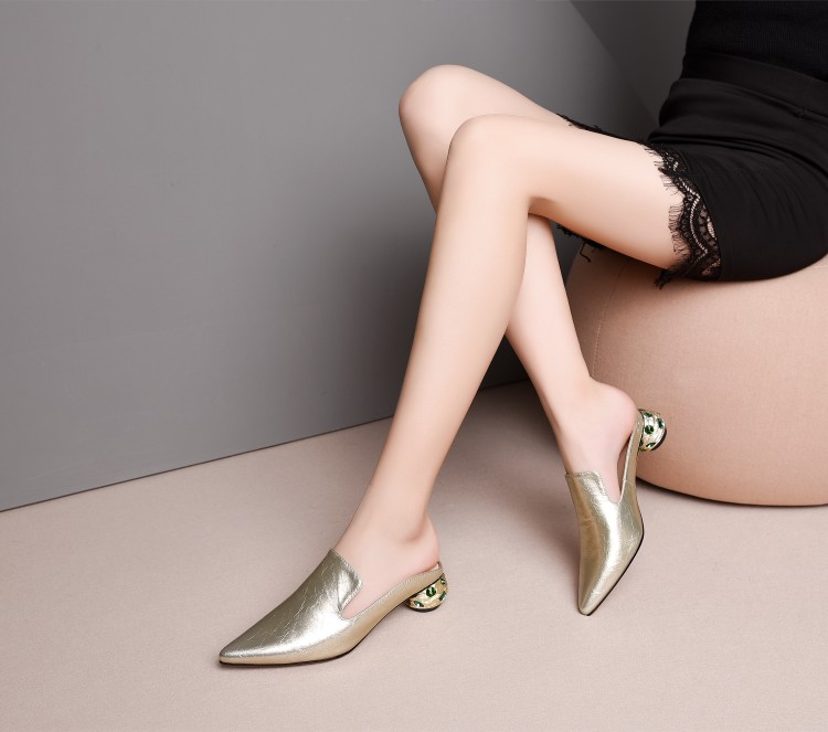 MLJUESE 2019 women slippers Soft cow leather Rome style silver color pointed toe crystal heels sandals