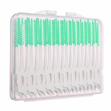 Random Color 40 PCS/Pack Between Interdental Floss Brushes Color Green Oral Care Tool Elastic Massage Gums Do Not Hurt Toothpick