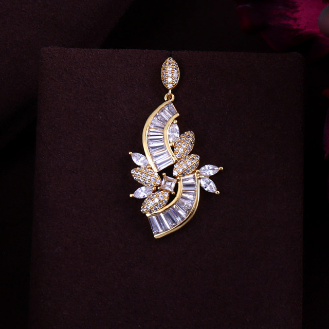 Elegant Bridal zirconia necklace set