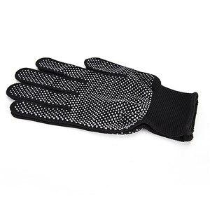 Image 4 - 2 adet profesyonel isıya dayanıklı eldiven saç şekillendirici aracı Curling düz düzleştirici siyah ısı eldiven bukle makinesi