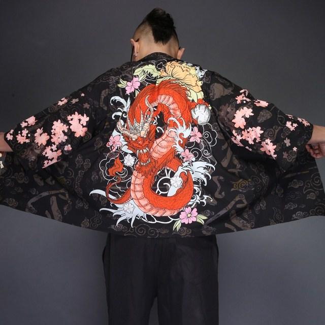 2019 new mens kimono japanese clothes streetwear Dragon Printed casual kimonos jackets harajuku japan style cardigan outwear