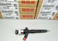 Genuine and Original new common rail injector for 095000-8290 23670-0L050