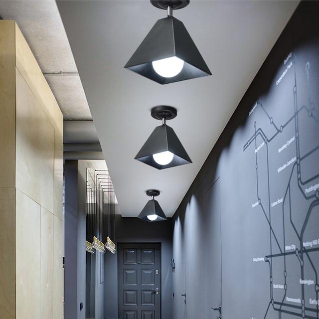 € 38.71 14% de réduction|Moderne simple fer porte lampe salle de bain  plafonnier vestiaire salle d\'essayage led lumières balcon couloir couloir  ...
