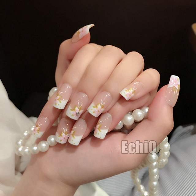 Lovely Natural Beige French Press On Nails Flowers Design