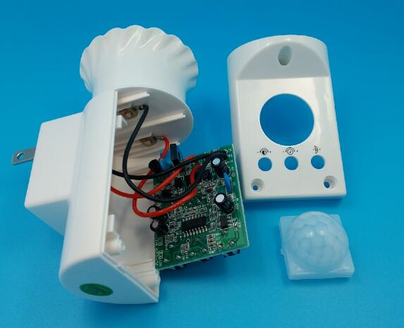 Купить с кэшбэком 50 pcs fedex dhl PIR Motion Sensor Delay Switch E27 Lamp Holder AC170-250v E27 Bulb Socket Lamp Base