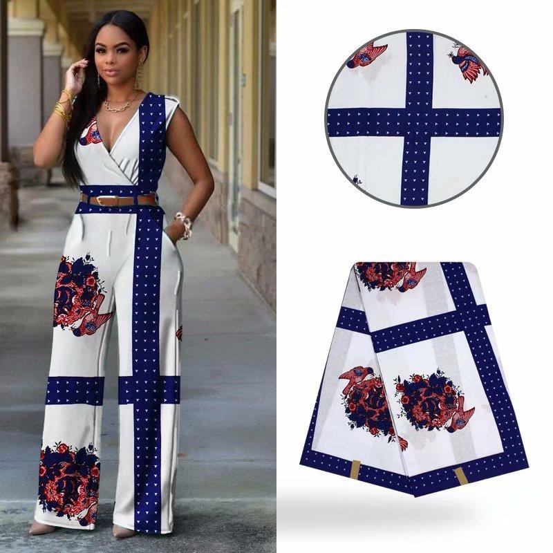 6 jaardia / erä Myydyin valkoinen batikavaha Nigeria värikkäitä - Taide, käsityöt ja ompelu - Valokuva 2