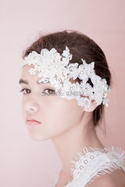 Elegant Short Wedding Veils Lace Beauty One Layer Flower Crystal Beads Accessories Velos