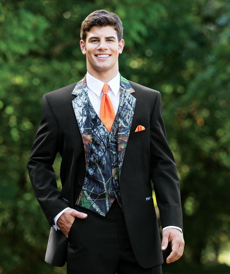 Man camouflage Tuxedos suits two Buttons Camo Wedding clothes Groom Wear Prom Suits For Men free shipping
