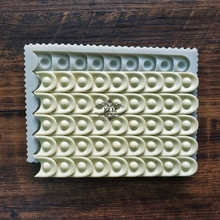 New Drop Cake Edge Decorating Tool Chocolate Silicone Mould Sugarcraft