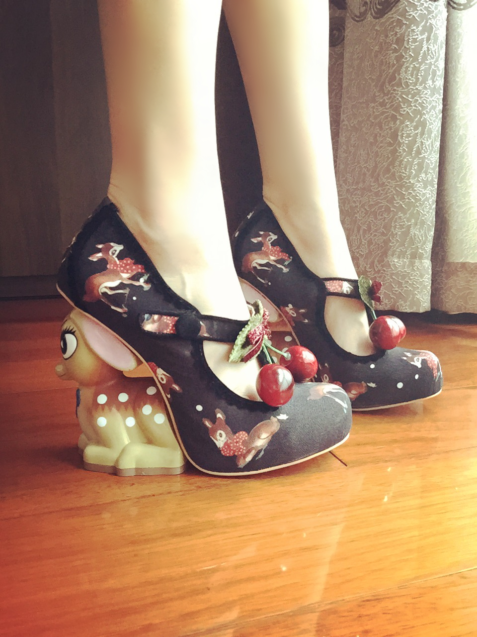 Cute Fawn Strange Heel Spring New Arrival Mary Janes Shoes Cherry Embellished Wedding Shoes Round Toe Embroidered Cotton Shoes s