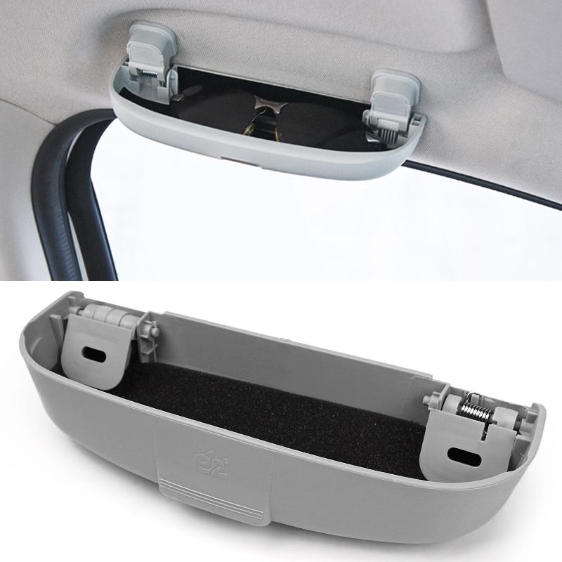 2016 Hot Car Glasses Case For Mitsubishi Pajero V73 Accessories Galant Lioncel ASX RVR Soveran Helpful Car styling Holder box