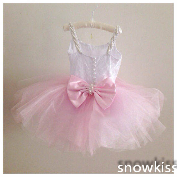 Pretty pink little girls lace beading flower girl dresses cute mini communion wedding birthday special occasion ball gownsPretty pink little girls lace beading flower girl dresses cute mini communion wedding birthday special occasion ball gowns