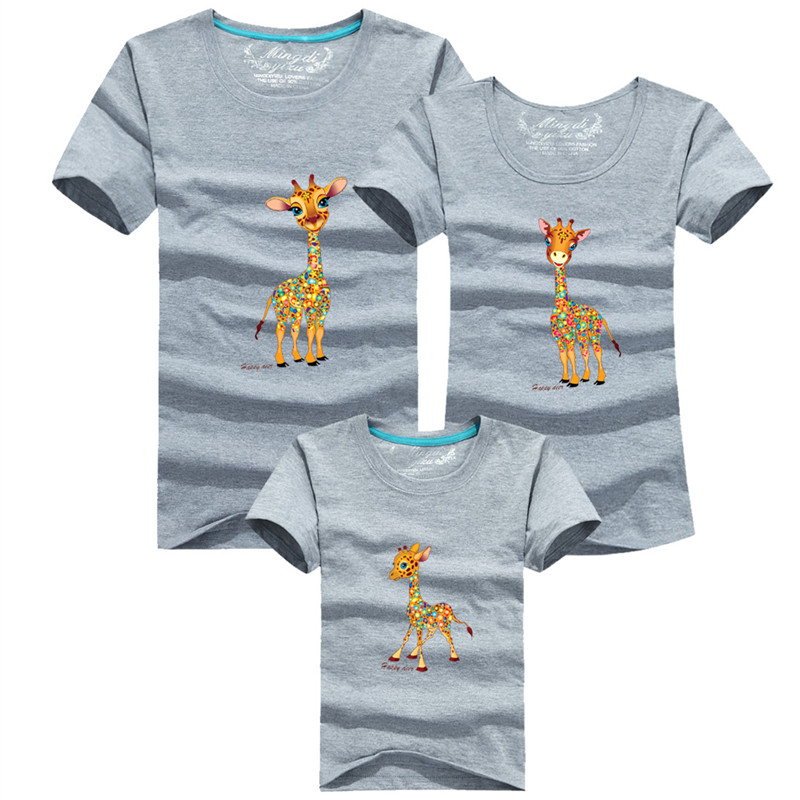 1 stks Mode Familie Look Cartoon giraf Gedrukte T-shirts 8 Kleuren - Kinderkleding