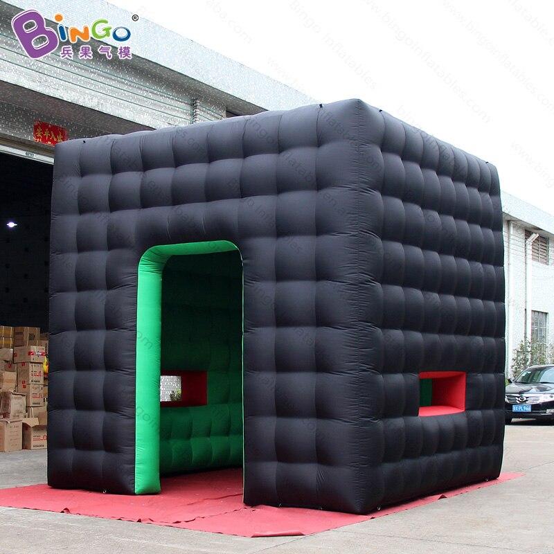 Tente gonflable de cube de 4x4 mètres pour des événements, tente noire de salon commercial, cabine gonflable de photo-tente de jouet