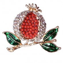 Perhiasan Lucu Dicat Merah Delima Bros Mode Rhinestones Bros Pins Wanita Party Wedding Dress Aksesori Pin(China)