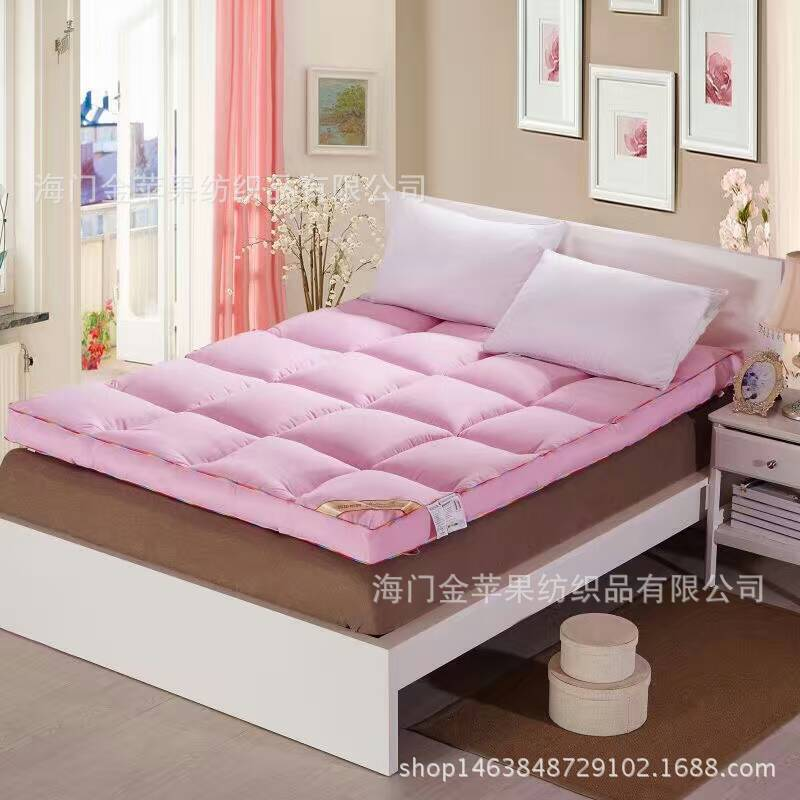 Five star hotel dedicated mattress, thickness of about 8cm, polyester filled, comfortable mattress survival of local knowledge about management of natural resources