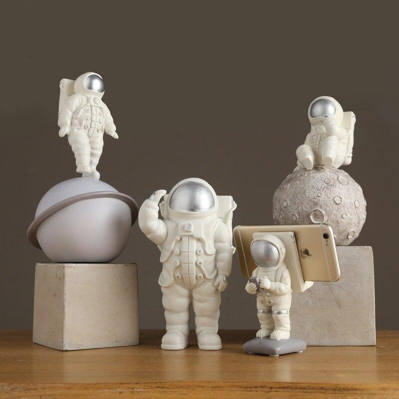 Dwalen Aarde Astronaut Maan Standbeeld Bruiloft Decoratie Woonkamer Vensterbank Woondecoratie Accessoires R111 Beelden Sculpturen Aliexpress
