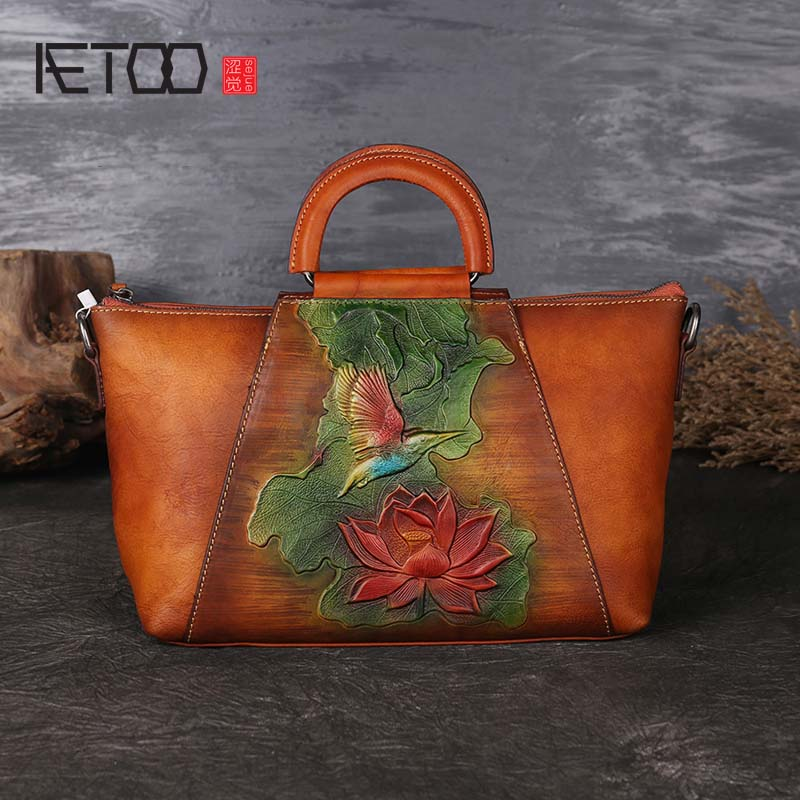 AETOO New leather handbag retro top layer leather women's shoulder bag hand-painted embossed Trapeze handbag aetoo new small square bag retro leather handbags hand painted first layer of leather shoulder bag ladies handbag