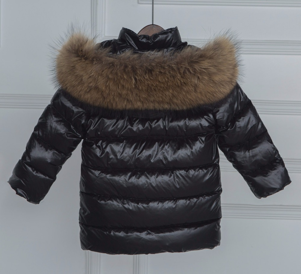 a-new-style-of-2017-winter-parks-for-girls-and-boys-with-the-nature-of-the-raccoon-fur-winter-jacket-for-girls-winte-3