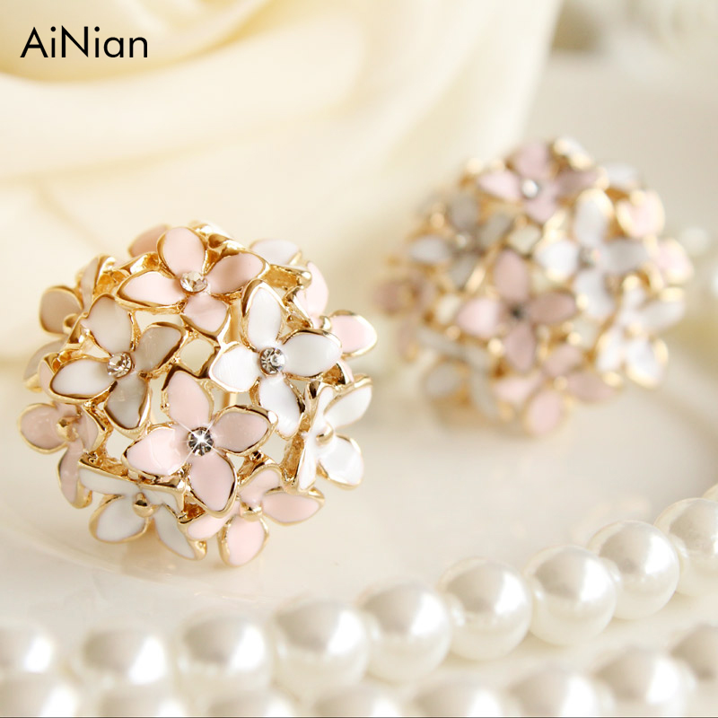 AiNian Stud Earrings For Women Female 2017 Boucle D'oreille Crystal Flower Clover Earring Gold Bijoux Jewelry Brincos Mujer
