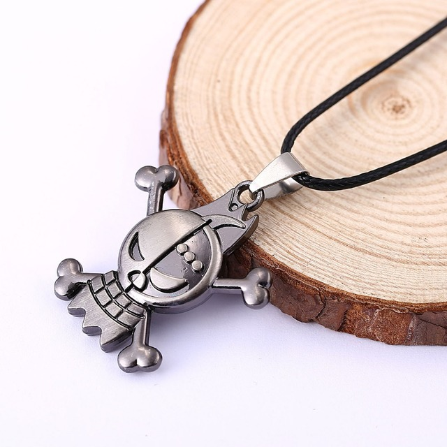 Anime One Piece Skull Pirata Vintage Necklace