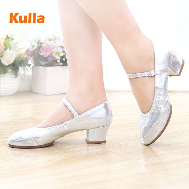 New Square Dance Shoes Spring Autumn Ladies Modern Salsa Tap Latin Dancing Shoes For Women Jazz Leather Frosted Aerobics Shoes
