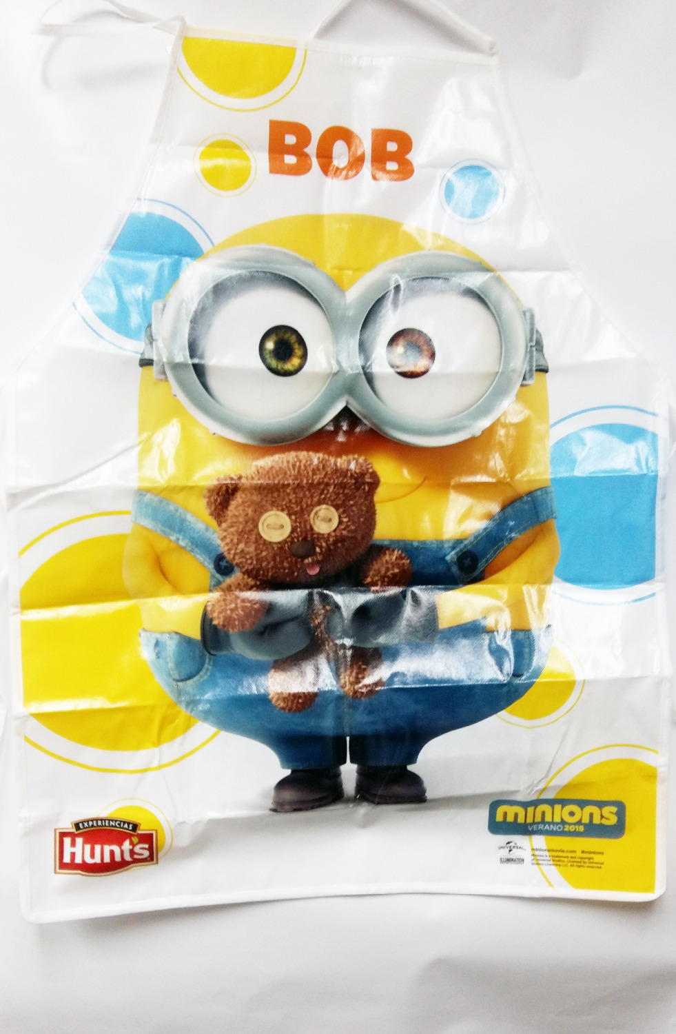 Aprons Wholesale Teddybear Despicable Me2 Minions Funny Novelty Kids Children Kitchen Cook Waterproof Aprons Painting Cleaning Apron Colours Are Striking