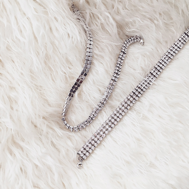 6f1f77680e LWONG New Sparkly Crystal Rhinestone Chokers Chocker Necklace for Women  Thin Silver Rhinestone Choker Necklaces New Year Gift-in Choker Necklaces  from ...