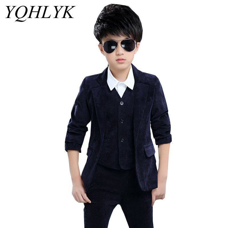 цены на New Fashion Spring Autumn Boy Suit 2018 Korean Children Suit Jacket + Vest + Trousers Casual Handsome Kids Clothes 3PSC Set W180 в интернет-магазинах