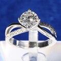 TransGems 1.5 Carat Lab Grown Moissanite Solitaire Anel com Acentos Verdadeiro Diamante Wedding Engagement Mulheres Solid 9 K Ouro Branco