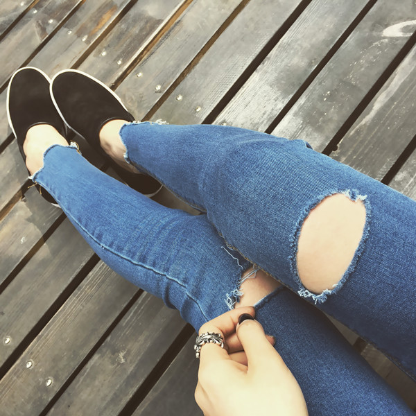 Women High Waist Jeans Hot Sale Hole Ripped Jeans 2017 New Skinny Blue Pencil Pants Cool