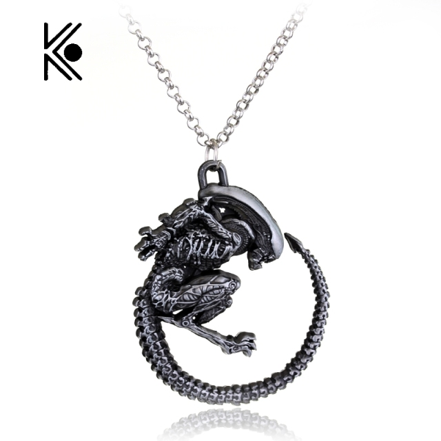Warrior Alien Metal Goth Has Giger Cool Pendant Alloy Necklace Gift For  Fans Movie Jewelry Free