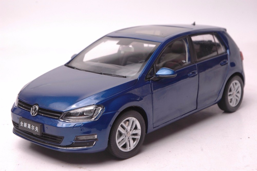 1:18 Diecast Model for Volkswagen VW Golf 7 Blue Alloy Toy Car Miniature Collection Gifts MK7 1 18 масштаб vw volkswagen новый tiguan l 2017 оранжевый diecast модель автомобиля