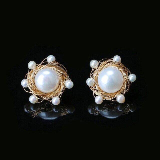 0ad519f4718f Lujoso pendiente de perla de agua dulce chapado en oro de 14 K hecho a mano